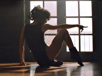 15.6:350:263:250:188:Flashdance:center:1:1::1: